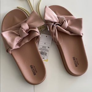 Mossimo new with tags women's size 6 blush colored